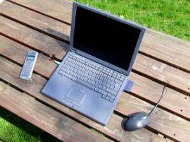 laptop-phone-mouse-7885-l